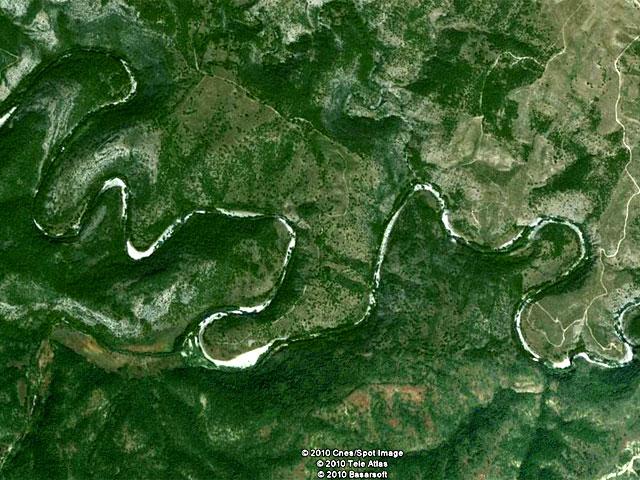 Меандрите на Бяла река